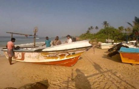 """איילו: """"דיג מקומי בסרי לנקה…בולוס עם דייגים מקומיים"""""""