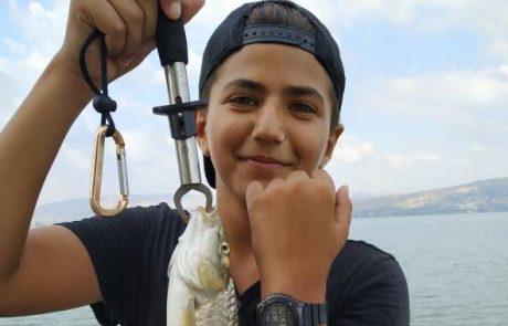 """איתי בן שמעון: """"דייג מטורף מלא ביניות ומושטים ובינית אחת ענקית שתיים וחצי קילו"""""""