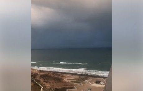 """מירון שמאי: """"בוקר טוב יום ראשון מבית של חבר סרטון קצר אבל נותן בדיוק להבין מה המצב היום בים"""""""