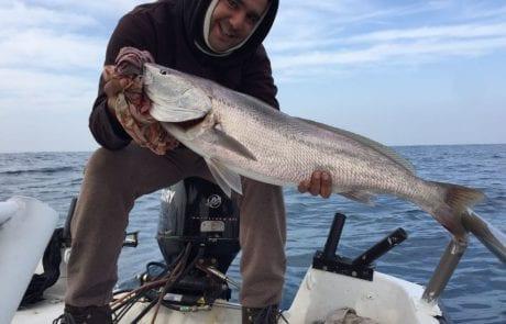 נמרוד עם דג פרימיום – מוסר ים יפיוף