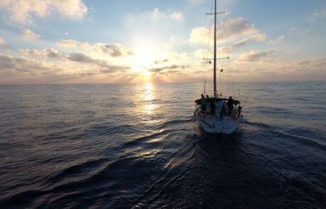 שמוליק : זריחה שעוד תיזכר – 5 נעילות ביציאה ראשונה לדיג טונה אלבקור
