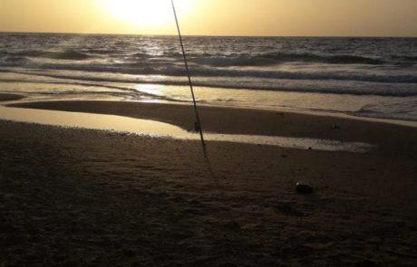 """איציק: """"האם שימוש בבלון מהחוף לצורך משכית החוט לעומק מצריך רישיון דיג? עזרתכם בבקשה ( לא רוצה להסתבך) !"""""""