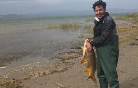 """לורן עטיה: """"דיג מטורף בכנרת קרפיון 10 קילו שוחרר חזרה למים"""""""