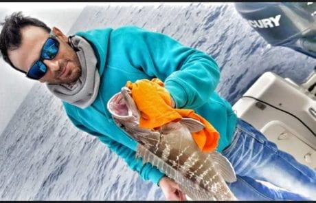 אבי כלו דייג ספורטיבי אמיתי משחרר לוקוס לבן מתחת לגיל רבייה